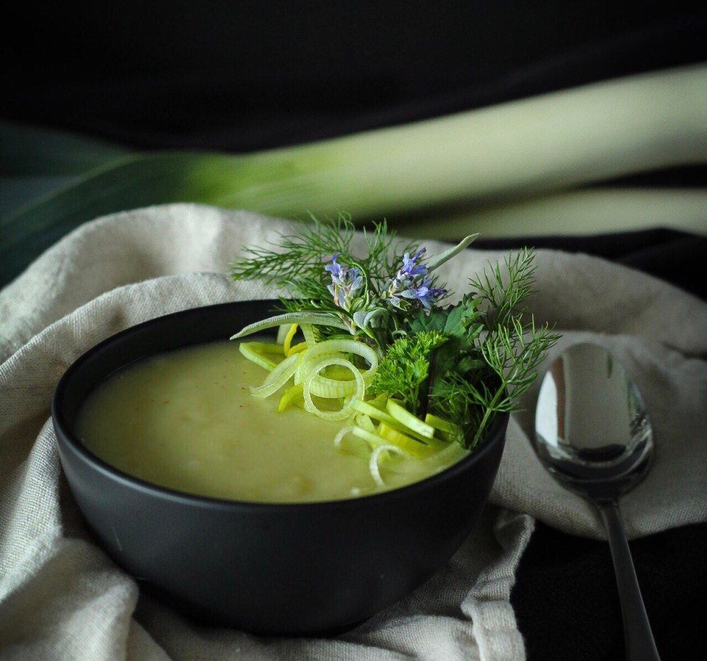Quick Easy Delicious Potato Leek Soup, Classic French Recipe