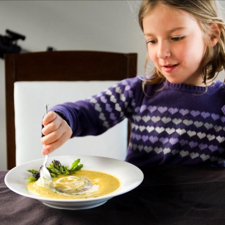 Healthy Vegetarian Broccoli Cheese Soup