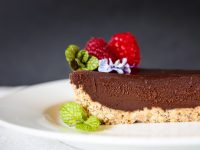 Quick Easy Chocolate Hazelnut Tart With Raspberry Sauce