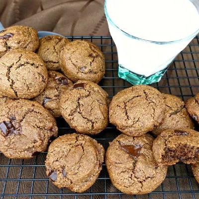 Double Dark Chocolate Chunk Paleo Brownie Cookies