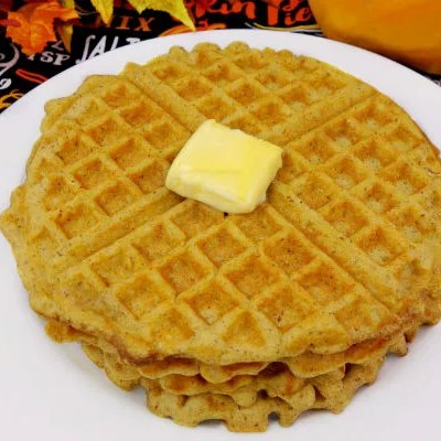 The Best Paleo Pumpkin Waffles