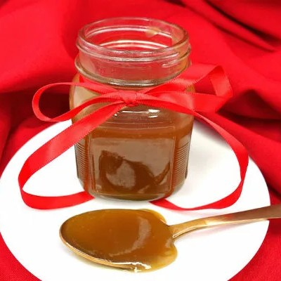 Paleo and Vegan Salted Caramel Sauce
