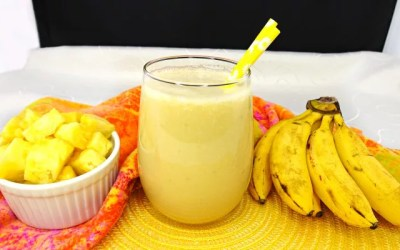 Paleo and Vegan 5 Ingredient Pineapple Banana Smoothie