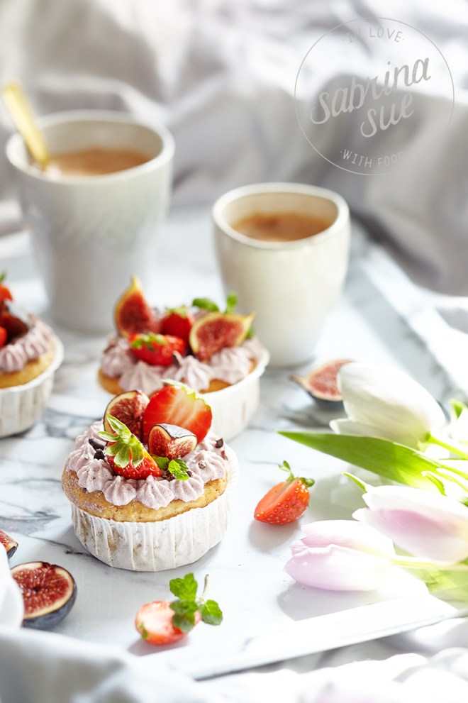 Strawberry Topinambur Cupcakes