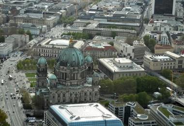 1 BERLIN 154