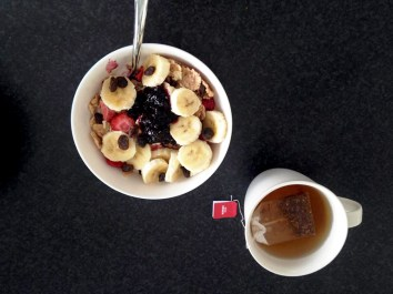 The best yogurt bowl ever with bananas and homemade blueberry jam