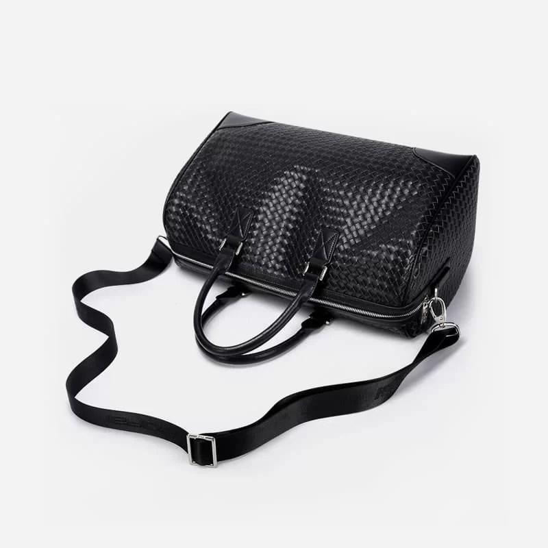 Sac à bandoulière et sacoche cuir noir pour homme avec plusieurs poches zippées et poches intérieures. Bopaibag Croco. Zoom 2.