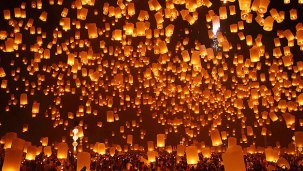 lantern-festival-chiang-mai_zpsefd06297