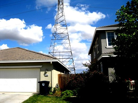 Photo of high voltage tower by Sacramento Appraiser