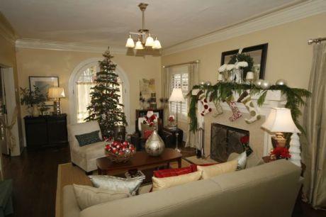 MG 6166 460x306 - Sacred Heart Holiday Home Tour kicks off the holiday season