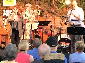 Picture of Banu Gibson band at the Sacramento Music Festival