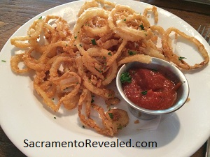Photo of 33rd Street Bistro Thin Crispy Onion Rings