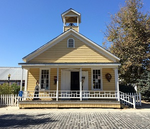 Photo of Old Sacramento Schoolhouse