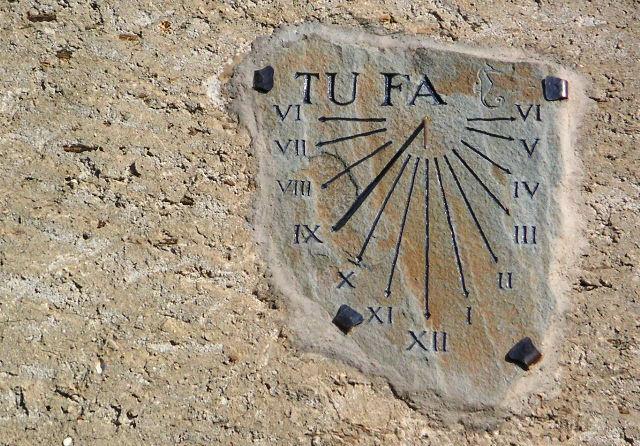 Sacré Cap Corse - Cadran solaire à Pietracorbara
