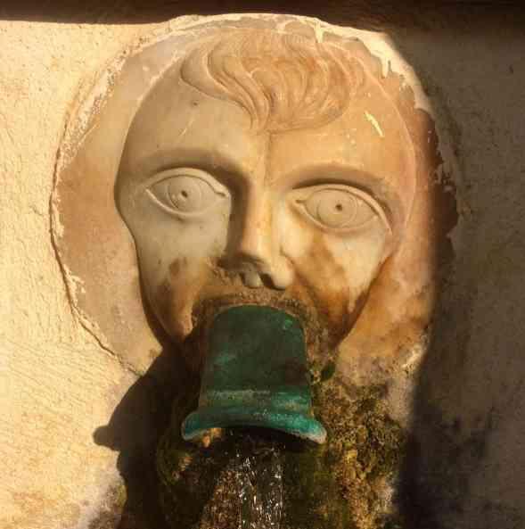 Sacré Cap Corse - Fontaine à Bettolacce, hameau de Rogliano