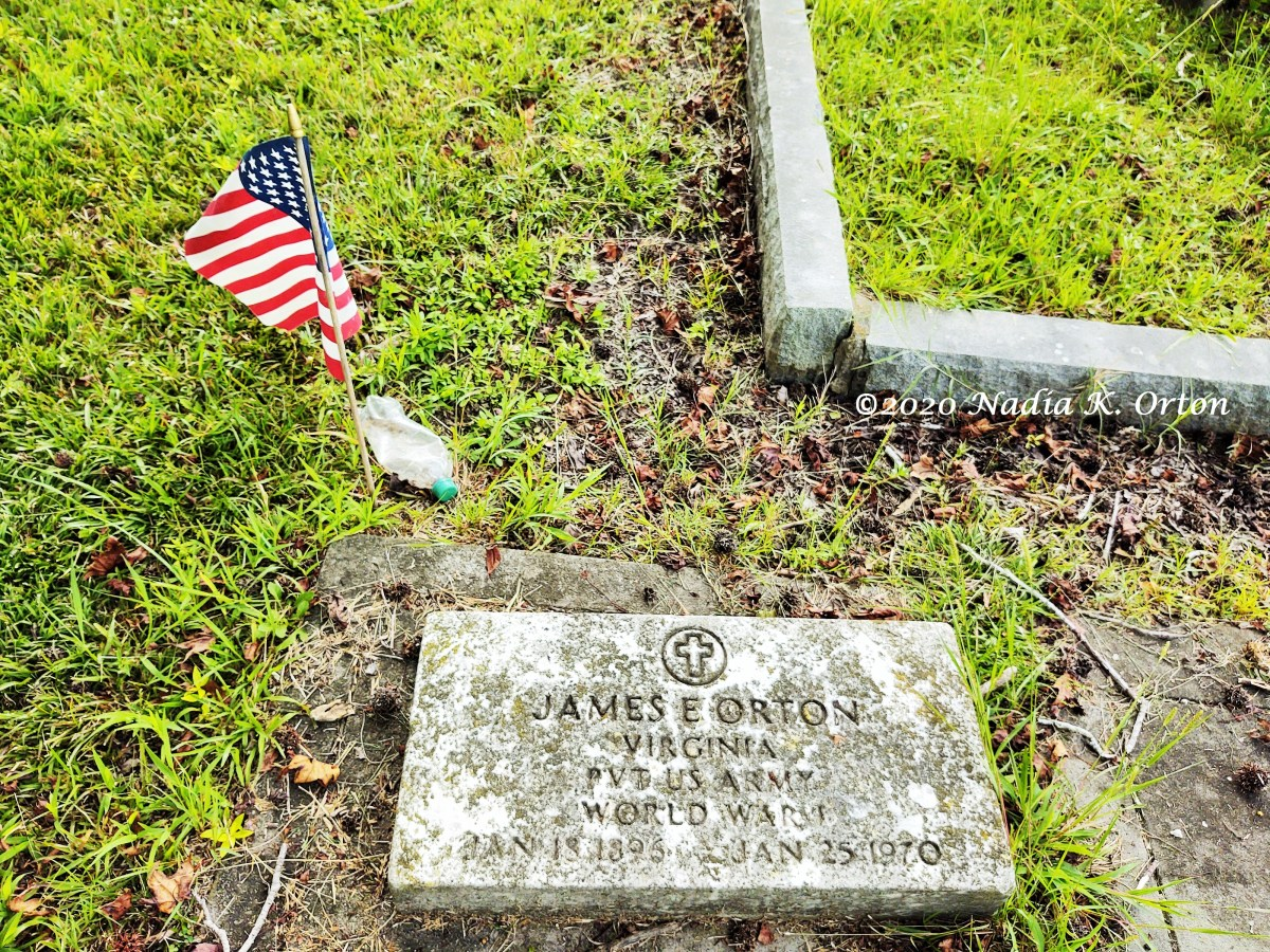 Portsmouth, Virginia: Views of Lincoln Memorial Cemetery