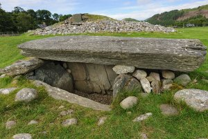 Burial Chamber at Kilmartin Glen in Scotland - Travel Sacred Scotland   Sacred Mystical Journeys