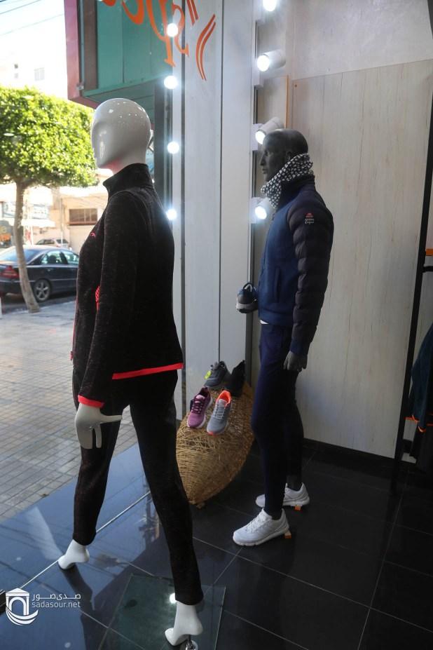 c06e38a8ab256 speed life أحذية وألبسية رياضية أوروبية sale %من 20 الى 40 العنوان  صور  شارع الثانوية -جانب صيدلية الزين