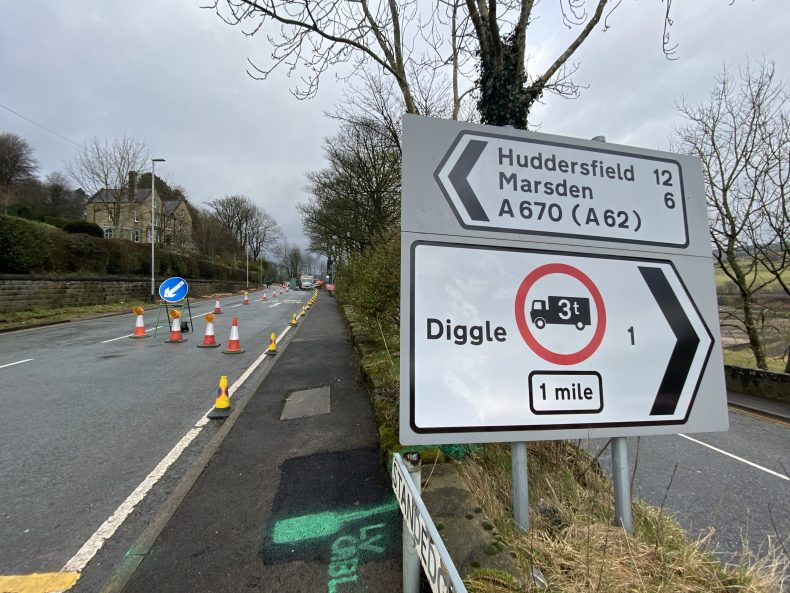 Diggle/Standedge Road sign