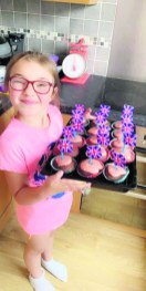 Ella and her cakes
