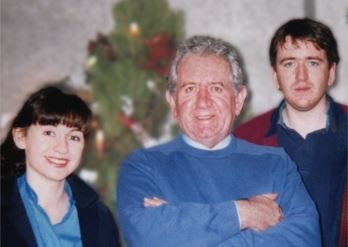 Gen Buckley with father, Mike, & brother, Phil Hynes. Xmas mid 1990s