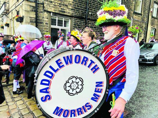 Saddleworth Morris Men Uppermill Aug 21-19