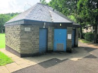 Uppermill loos sale is waiting game