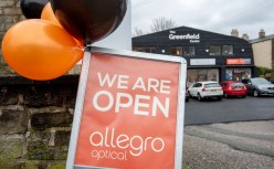 Allegro Optical opens in Greenfield, Oldham.