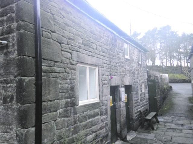 p15 IDTB Cross Keys Uppermill outbuildings