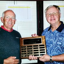 SMGA President Gan Avery (left) presents the President's Cup plaque to 2014 Winner Len Kirklin.