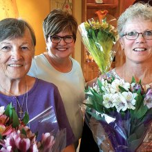 Tour hostesses: Doris Dieterle, Jan Francis and Arlynne Striplin