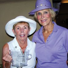 Lois Kelly, 2017 President's Cup Champion, and runner-up Kathleen Weiss