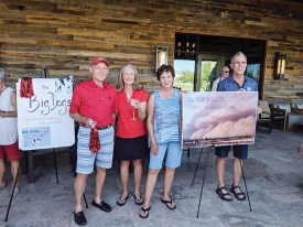 The Big Dogs Team Captains Mike Mycka and Gaye Ohanian with Blue Haboob Team Captains Charlotte Graham and Guy Shelton.