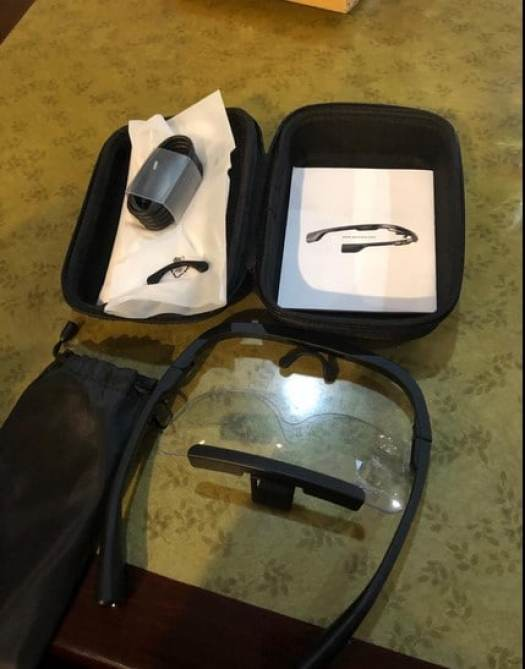 What comes in Timer Plus Light Therapy Glasses Box