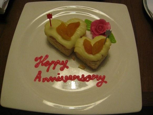 happy_anniversary_quotes_Whatsppstatushut