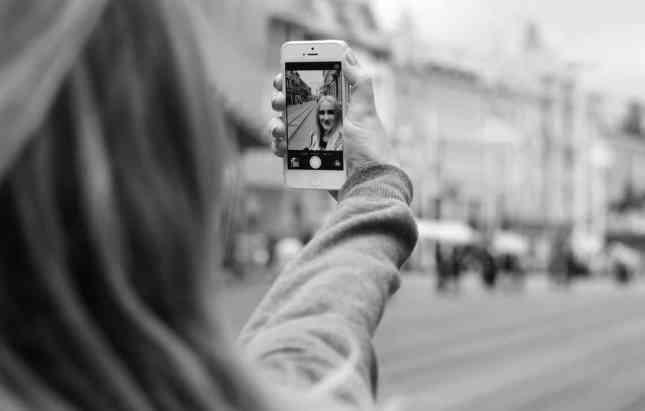selfie captions funny