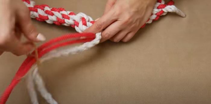 Pleet samma rep från nästa repsträngar