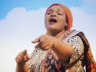 Bony Mwaitege ft Bahati Bukuku – Soma Mwanangu