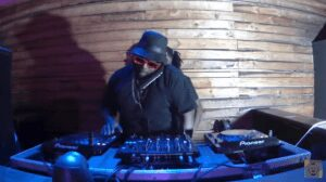 Soa Mattrix & Dj Maphorisa – Geu ft Dali Wonga ( Instrumental )