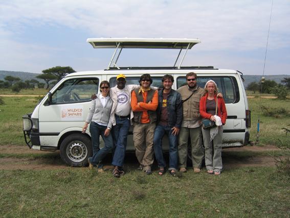 Mini bus. Siana, Kenya. Septiembre de 2005