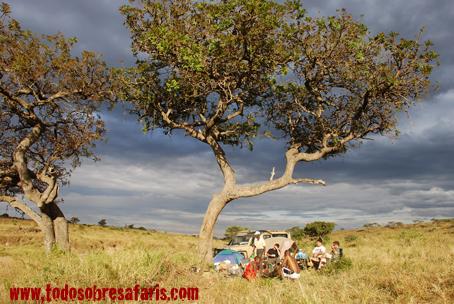 Upepo Camp. Sand River, Masai Mara. Kenya. Septiembre de 2007