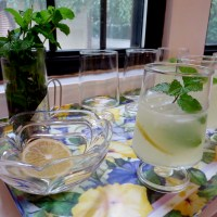 Ina Garten's Limoncello Tom Collins
