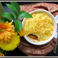 Lentil and vegetarian cottage pie