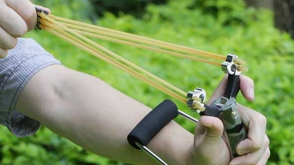 Best Hunting Slingshot Size and Portability Do Matter