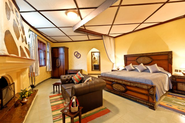 4 days luxury lodge safari serengeti ngorongoro