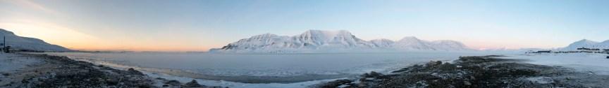 Longyearbyen-pano-smallSM