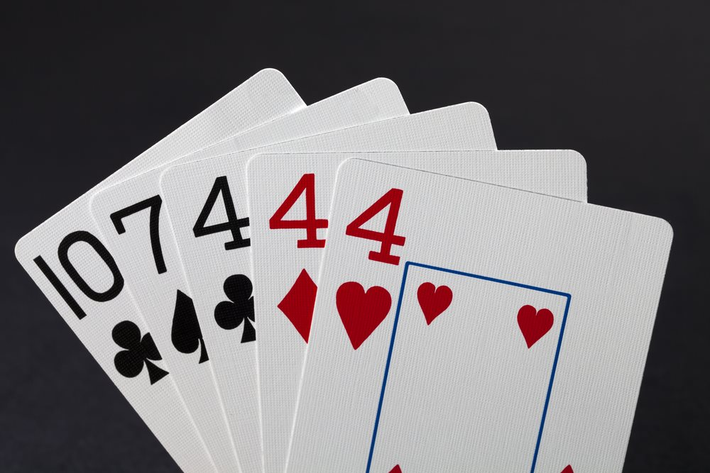3 of a Kind Poker Hand