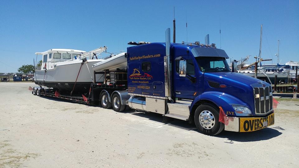 Nordhvn 35 Trawler Transport