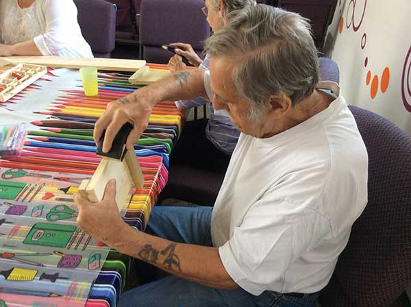 Specialist DIY classes for people with dementia