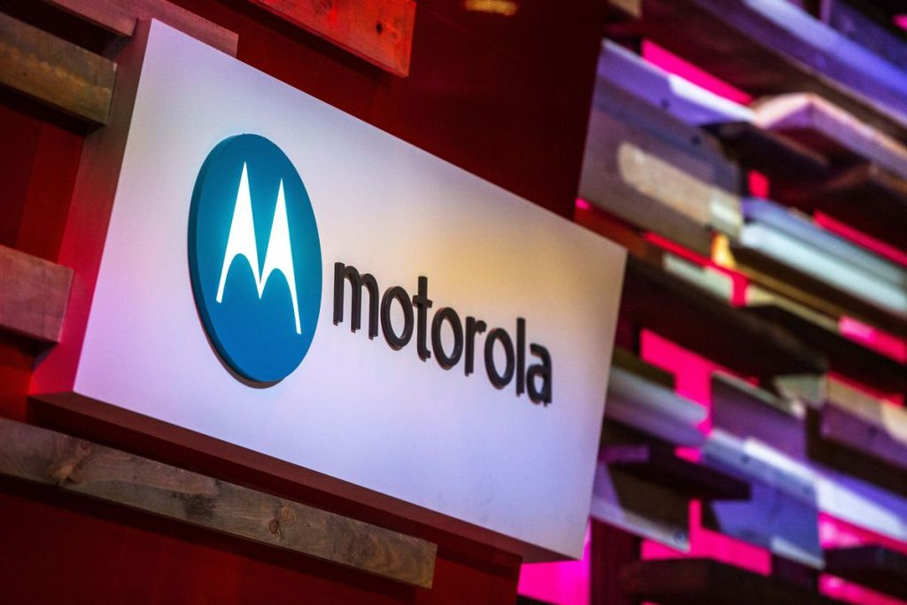 How to Enable Safe Mode on Motorola Moto E5 Play XT1921-6